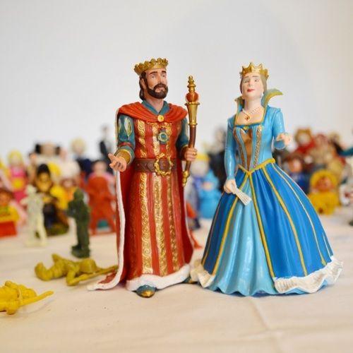 Terapija igrom - figurice kralja i kraljice